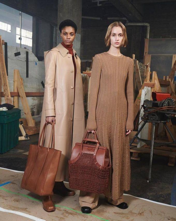 مجموعة أزياء غابريلا هيرست.