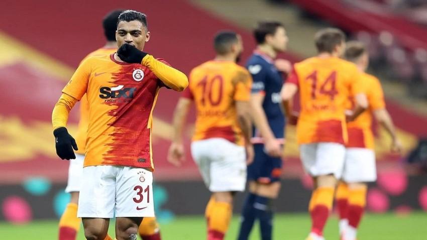 مصطفى محمد لاعب غالاتا سراي التركي. (أ ف ب)