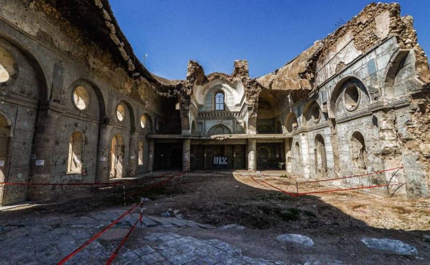 كنيسة دمرت في الموصل أثناء سيطرة داعش على المدينة. (أ ف ب)