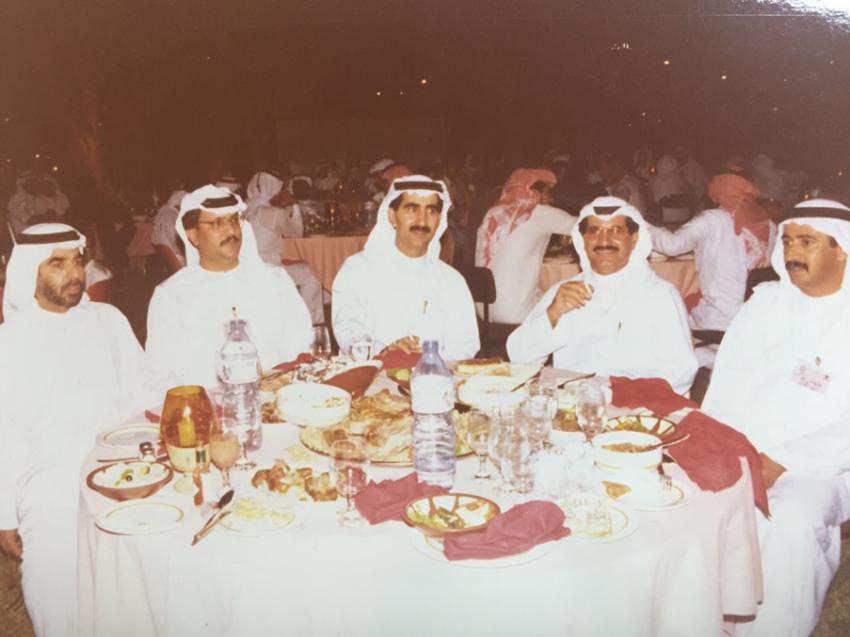 أثناء احتفالية في فندق هيلتون الفجيرة بمناسبة صعود نادي الأهلي في الفجيرة عام 1986