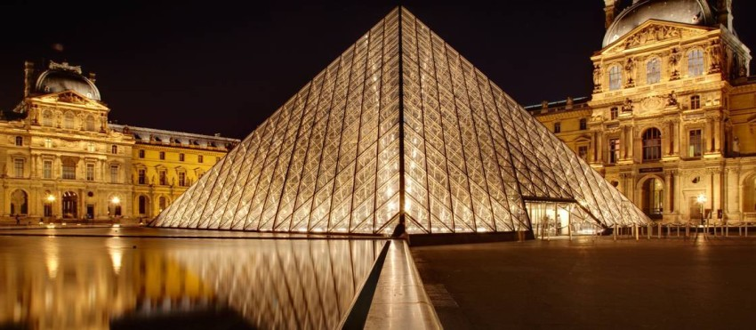 متحف اللوفر.