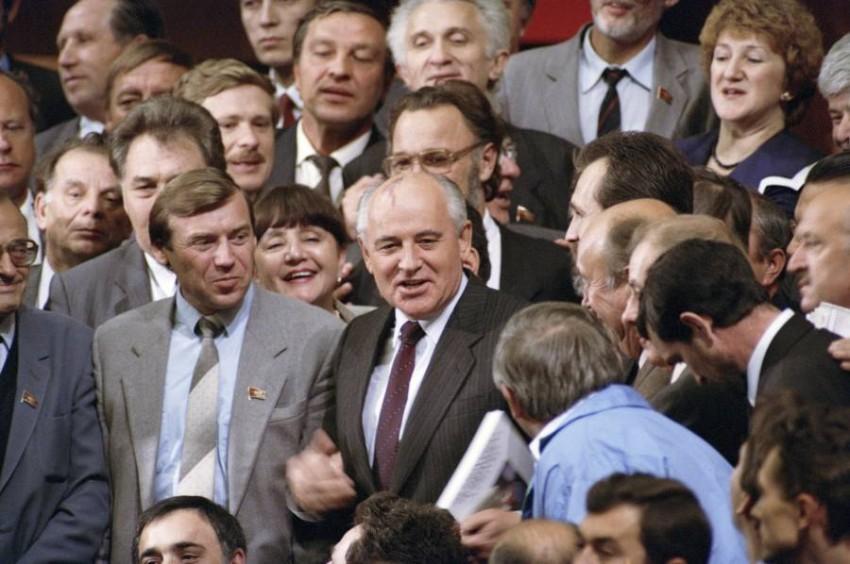 غورباتشوف في الكرملين عام 1991. (أرشيفية)