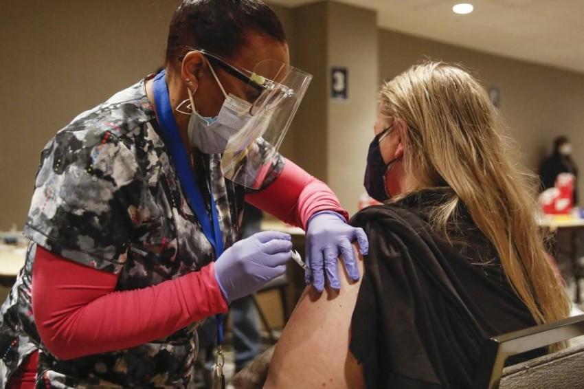 تم تطعيم أكثر من 8% من السكان حتى الآن - أ ف ب.