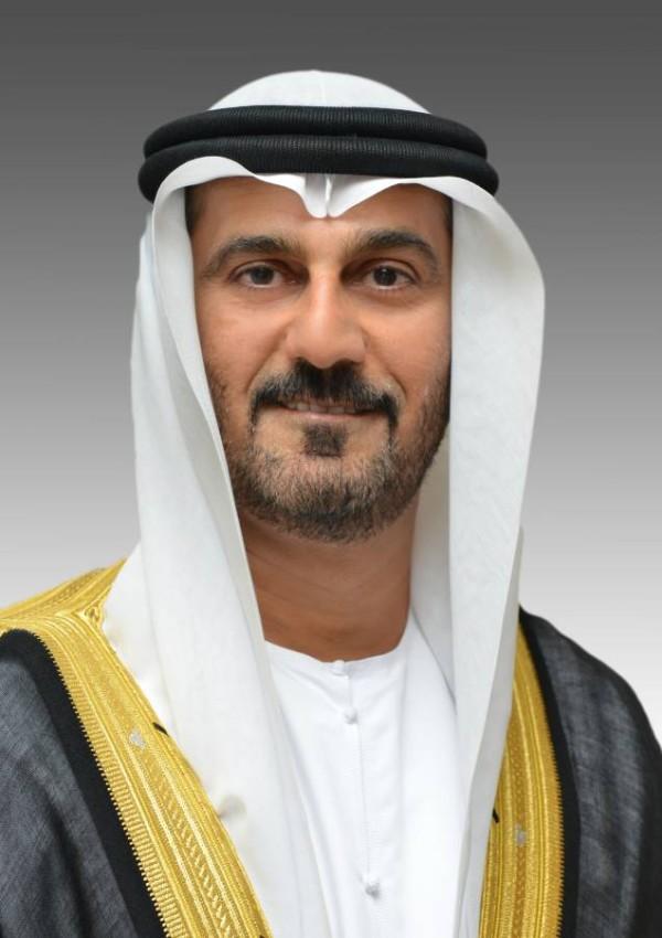 وزير التربية والتعليم حسين الحمادي.