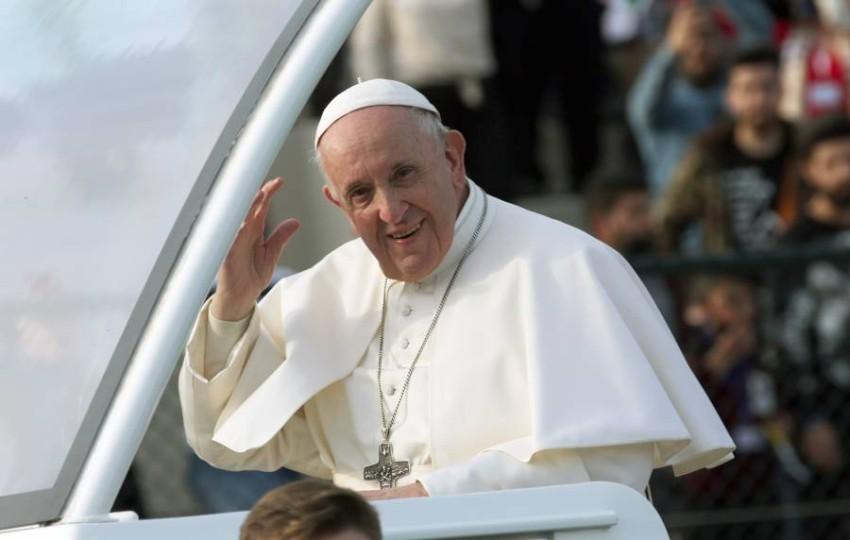 البابا فرنسيس خلال زيارته للعراق - أ ف ب.