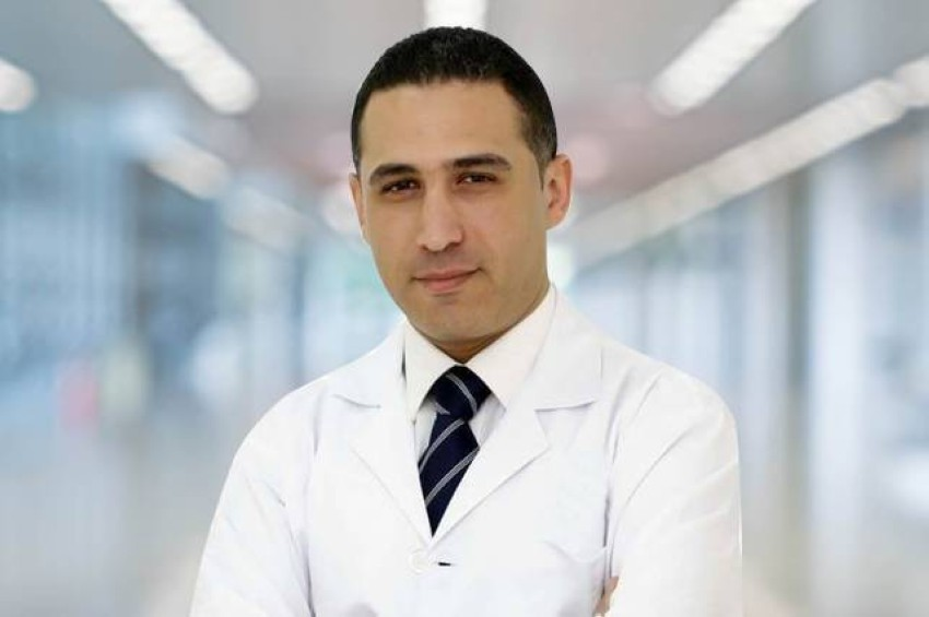 د. أحمد السكري.