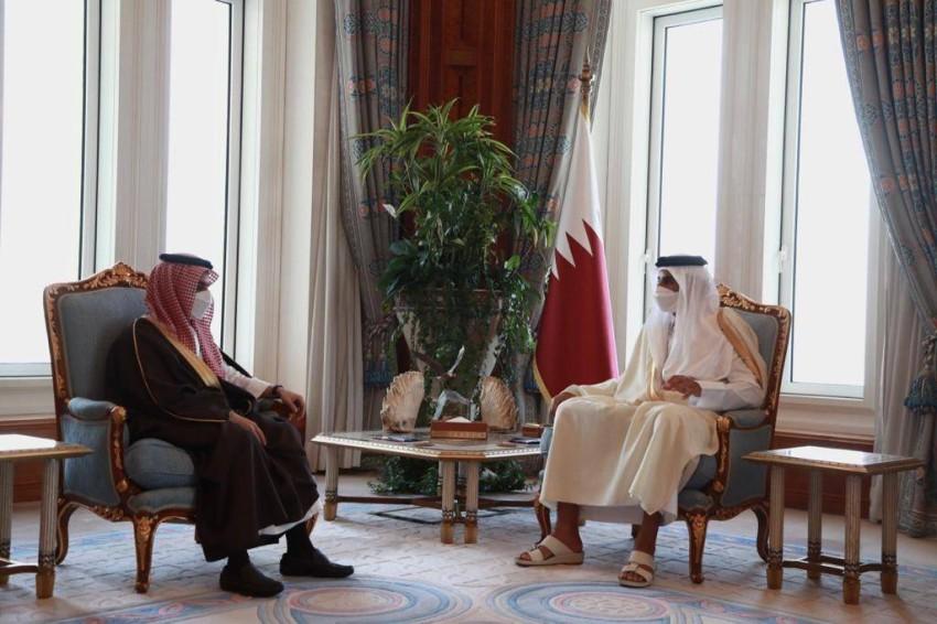 أمير دولة قطر يستقبل وزير الخارجية السعودي في الديوان الأميري - واس.