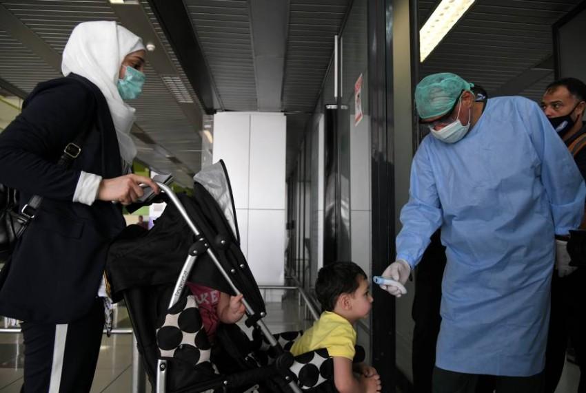 اد الوباء من الضغط على الأنظمة الصحية الهشة أساساً في دول الصراعات - رويترز.
