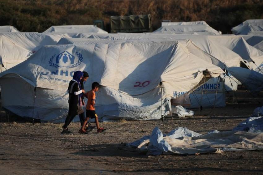 تفاقمت حالات تفشي الوباء في العديد من مخيمات اللاجئين - رويترز.