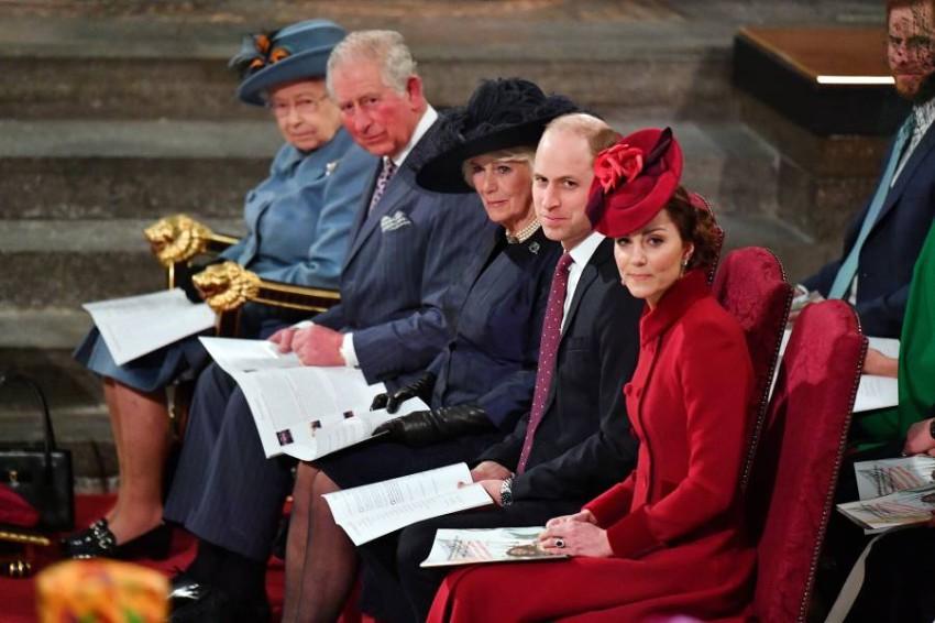العائلة المالكة. (رويترز)