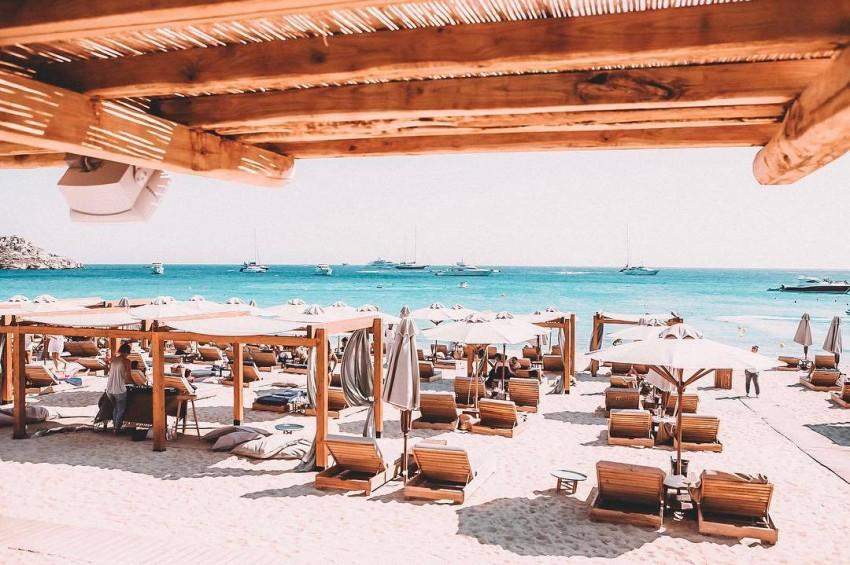 شواطئ ميكونوس