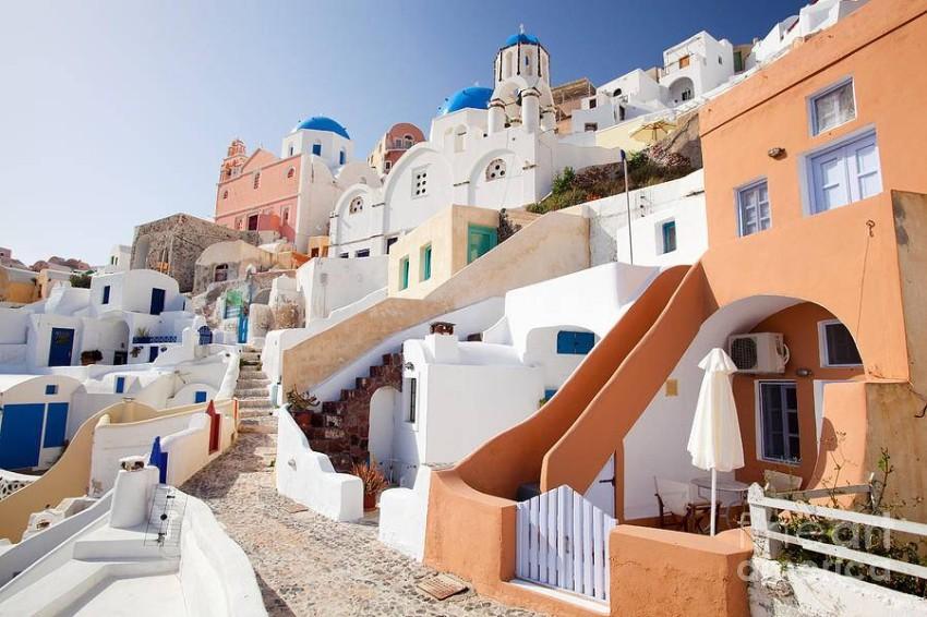 بيوت اليونان