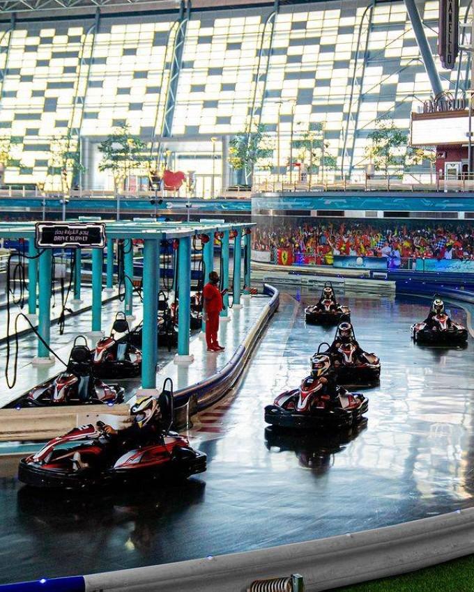 الألعاب في .Ferrari World Abu Dhabi
