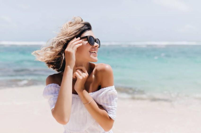اتبعي هذه النصائح لحماية شعرك من أشعة الشمس