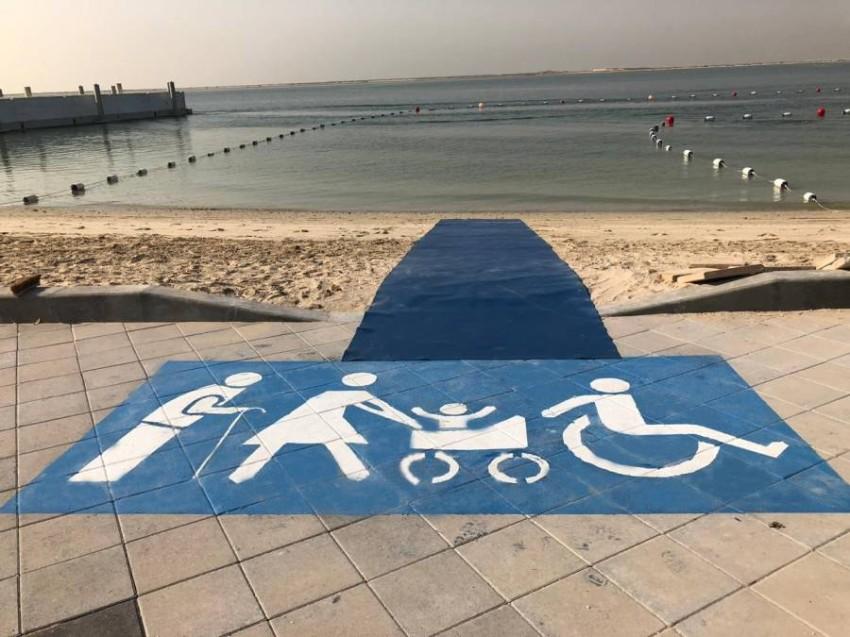 إنجاز ثمانية ممرات لأصحاب الهمم على شاطئ الكورنيش في أبوظبي خال نوفمبر المقبل