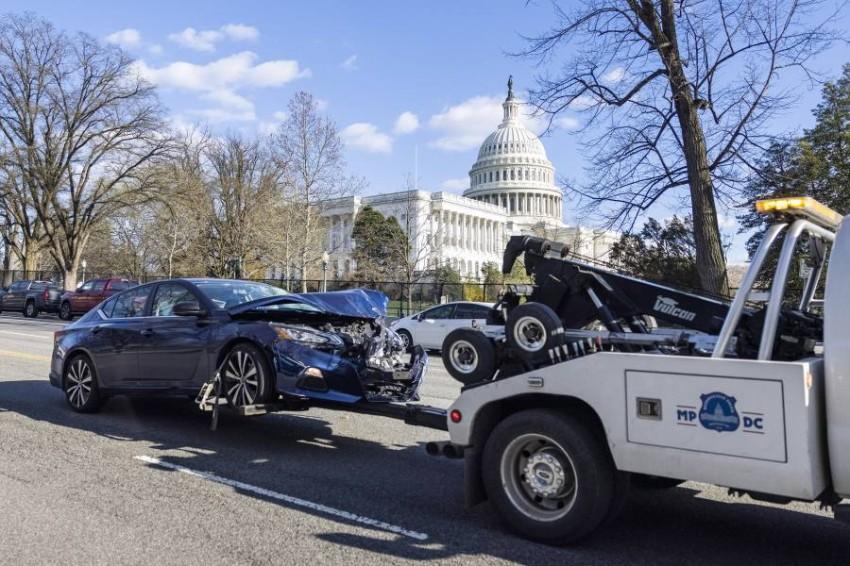 أعضاء الكونغرس أصبحوا يشعرون أن حياتهم معرضة للخطر - EPA.