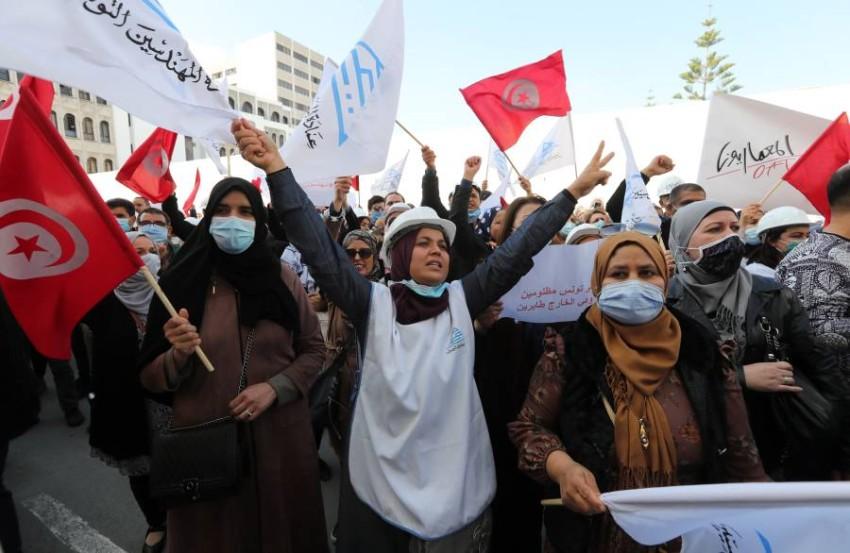 الخلافات السياسية والاحتجاجات الفئوية لا تتوقف في تونس. (أي بي أيه)