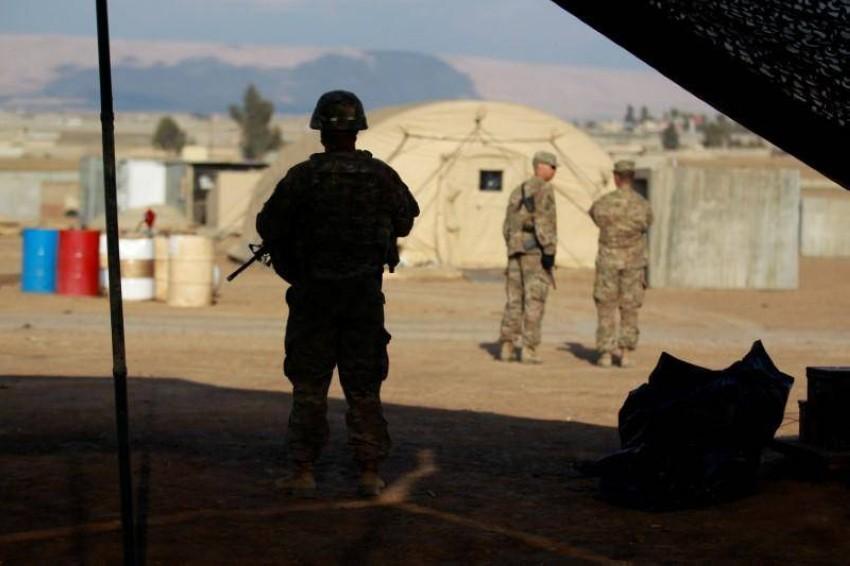 أحد عناصر قوات التحالف في العراق. (رويترز)