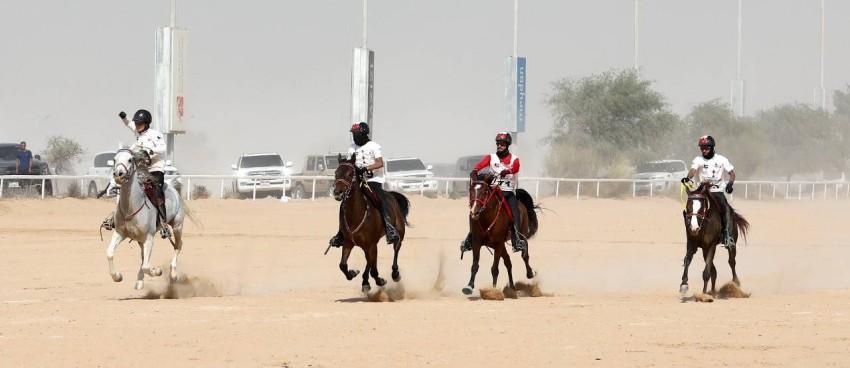 القوة والإثارة بين الأبطال الأوائل في كأس محمد بن راشد. (الرؤية)