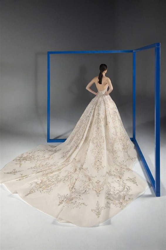 تفاصيل فستان زفاف رامي قاضي