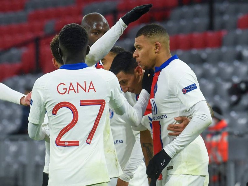 فرحة لاعبي باريس سان جيرمان. (أ ف ب)