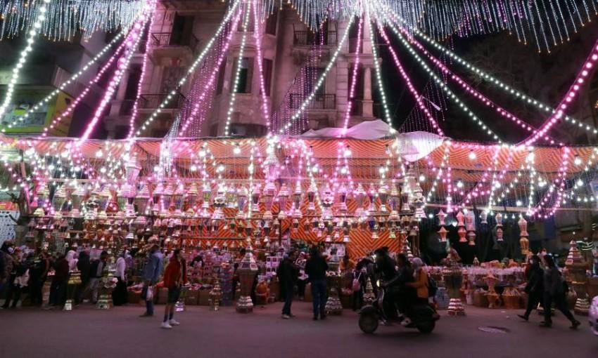 أجواء استقبال الشهر الكريم في مصر. (إي بي أيه)
