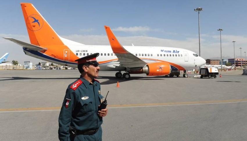 تأهب أمني في مطار كابول الدولي. (إي بي أيه)