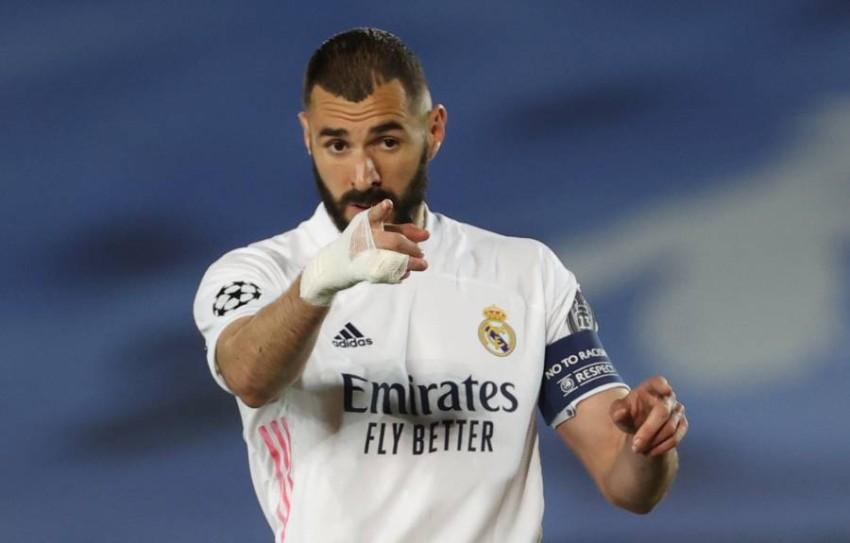 كريم بنزيمة مهاجم ريال مدريد. (إ ب أ)