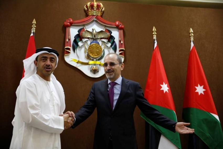 وزير الخارجية الإماراتي الشيخ عبدلله بن زايد ووزير الخارجية الاردني أيمن الصفدي - رويترز.