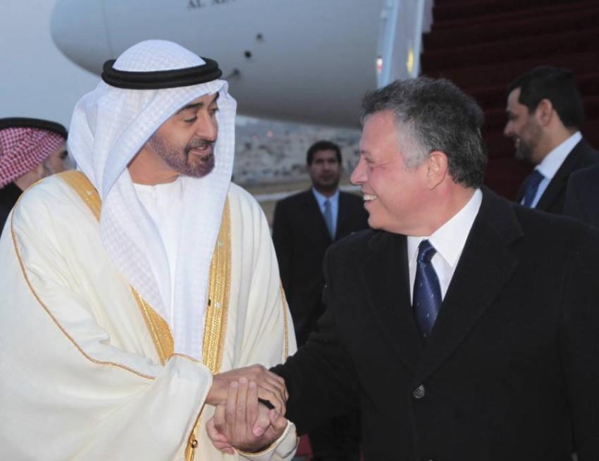 محمد بن زايد برفقة الملك عبدالله الثاني - رويترز.