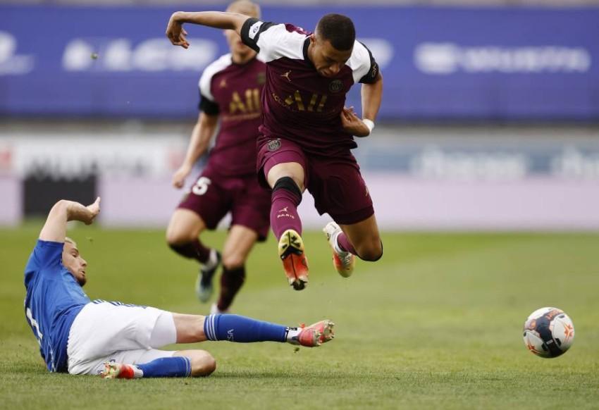 من مباراة باريس سان جيرمان وستراسبورغ. (رويترز)