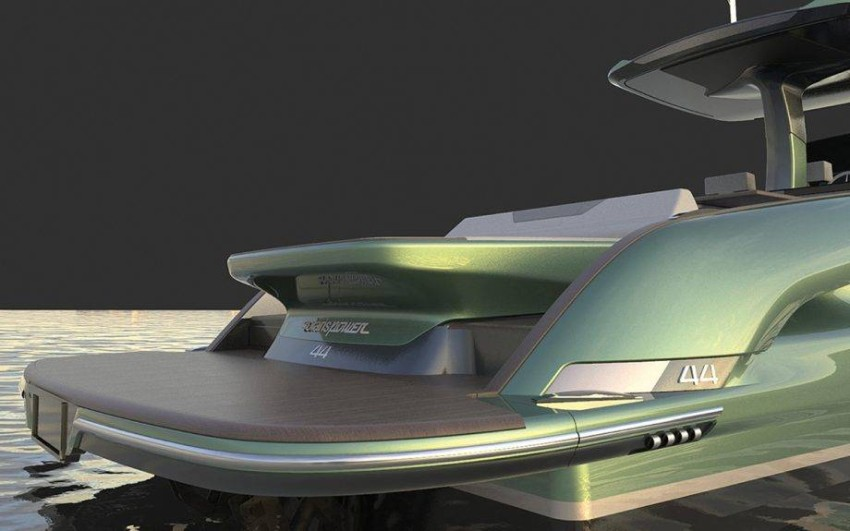 solaris-power-44-open-first-look-new-yachts-transom-920x575
