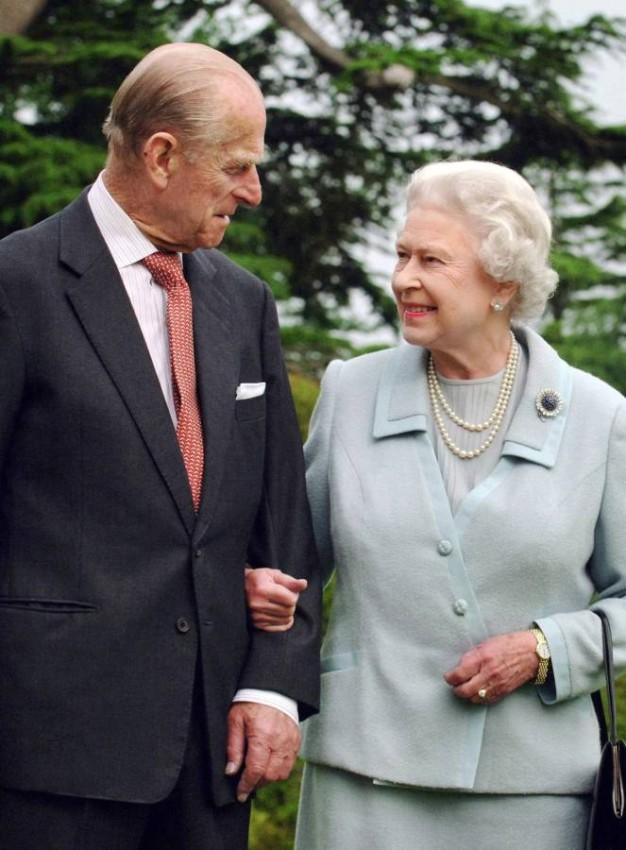 الملكة إليزابيث والأمير فيليب الراحل