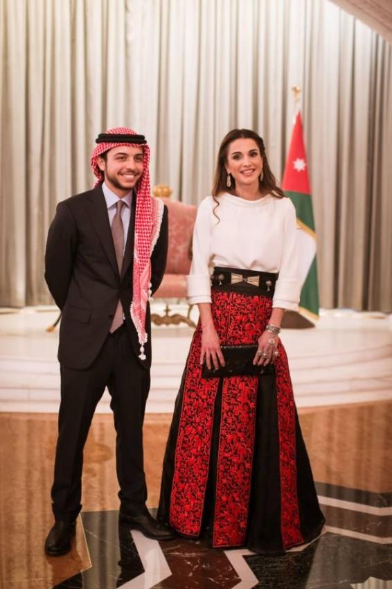 أزياء تراثية من الملكة رانيا