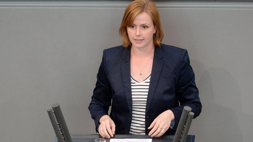 جيدا جنزن أصغر برلمانية في ألمانيا.