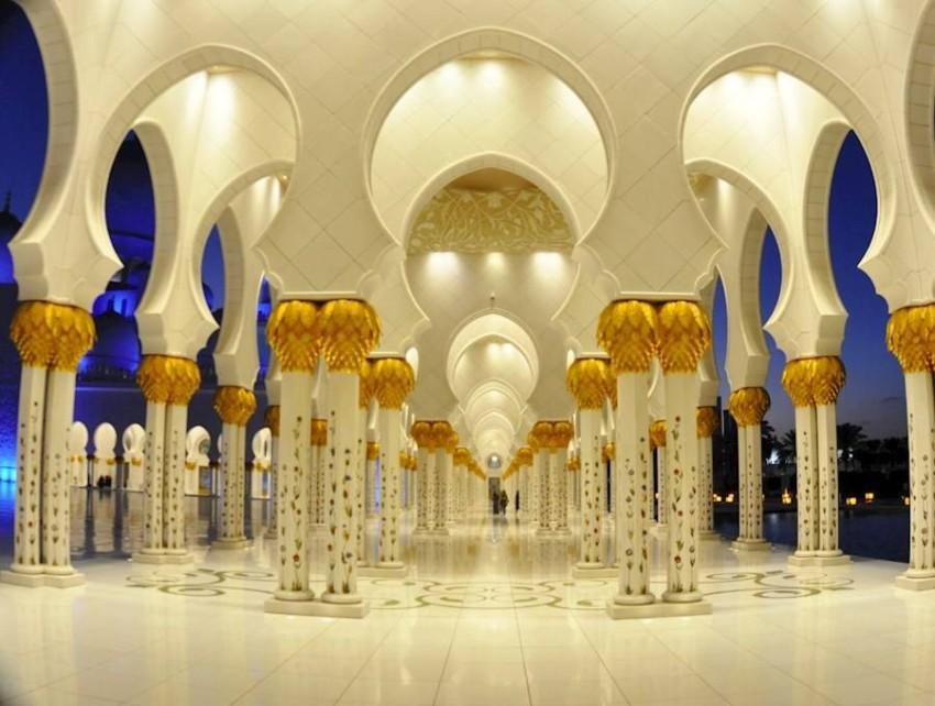 مسجد الشيخ زايد في أبو ظبي