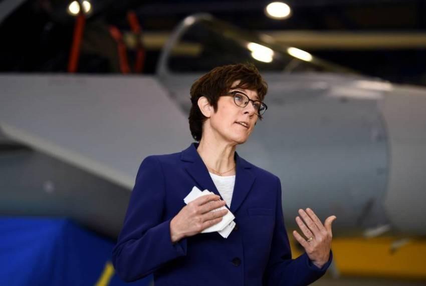 وزيرة الدفاع الألمانية. (رويترز)