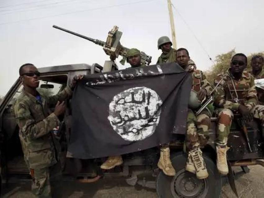 جنود نيجيريون بعد استعادة السيطرة على إحدى مناطق بوكوحرام. (رويترز- أرشيفي)