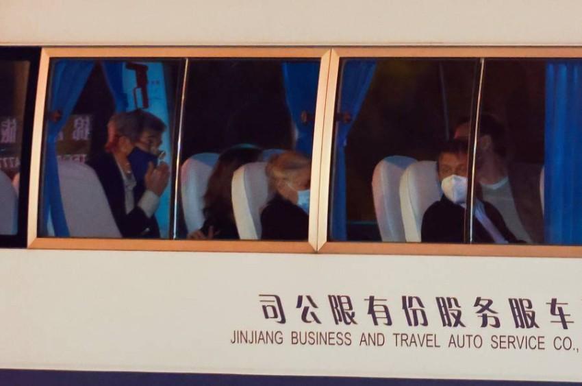 كيري أثناء زيارته شنغهاي. (رويترز)