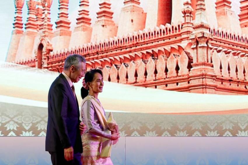 أونغ سان شو تشي خلال حضورها فعاليات قمة آسيان في 2016 بفيتنام. (رويترز)