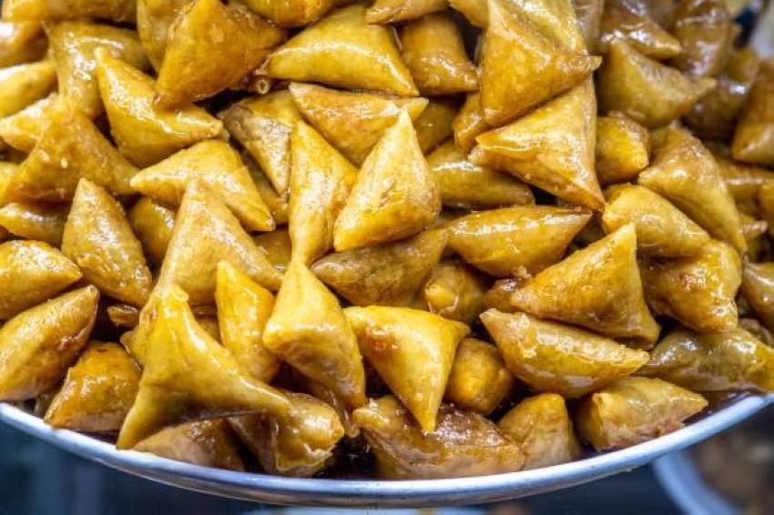 حلوى ''بريوات اللوز'' المغربية