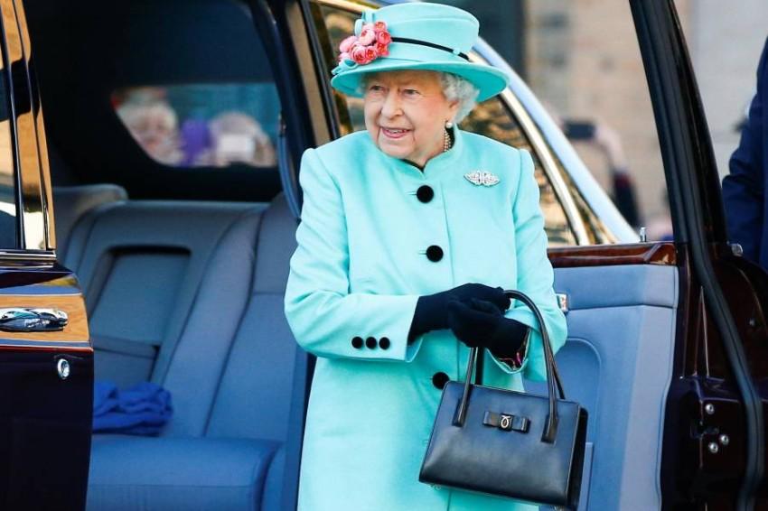 حقائب اليد للملكة