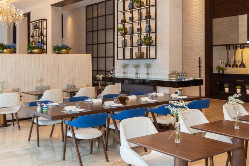 مطعم تيمو فندق الجداف روتانا