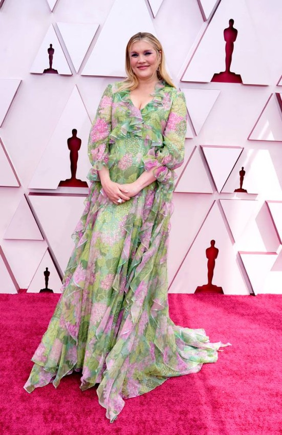 Emerald Fennell arrives at the Oscars on Sunday, April 25, 2021, at Union Station in Los Angeles. (AP Photo/Chris Pizzello, Pool)