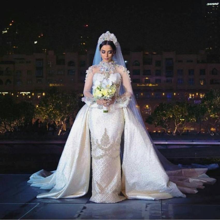 فستان زفاف بلقيس فتحي زين بـ 24 ألف ماسة
