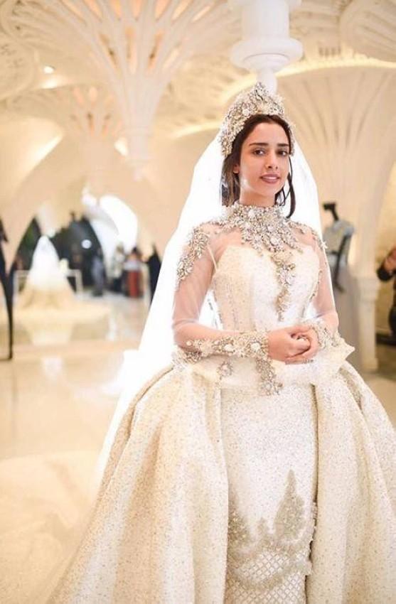 من بروفة بلقيس فتحي لفستان زفافها