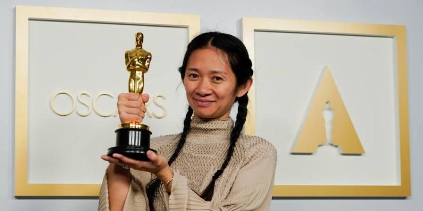 المخرجة ,المنتجة كلوي تشاو الحائزة على بأوسكار أفضل مخرجة عن فيلم Nomadland