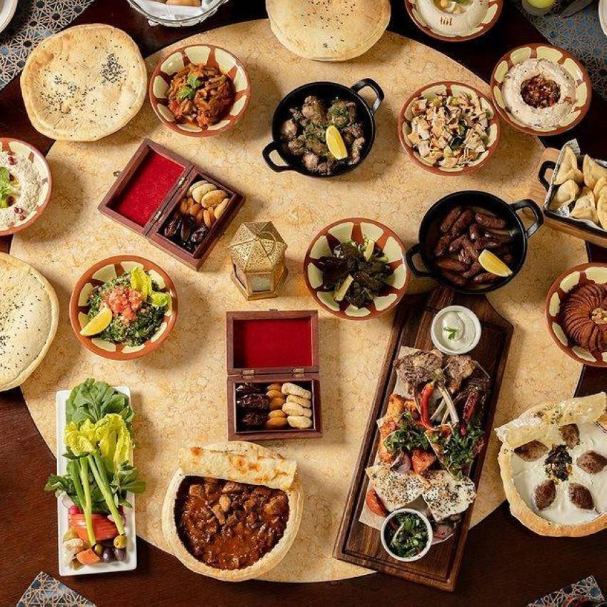 الطعام في رافلز دبي