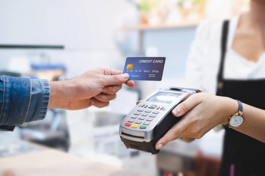 التجارة الإلكترونية استفادت من تطور البنية التحتية التقنية في الإمارات.