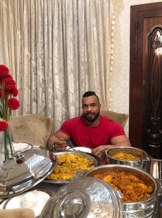 محمد الزحمي في رمضان. (الرؤية)